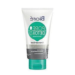 Biore Pore Detox Charcoal Cool Cleansing Facial Foam 100 g.