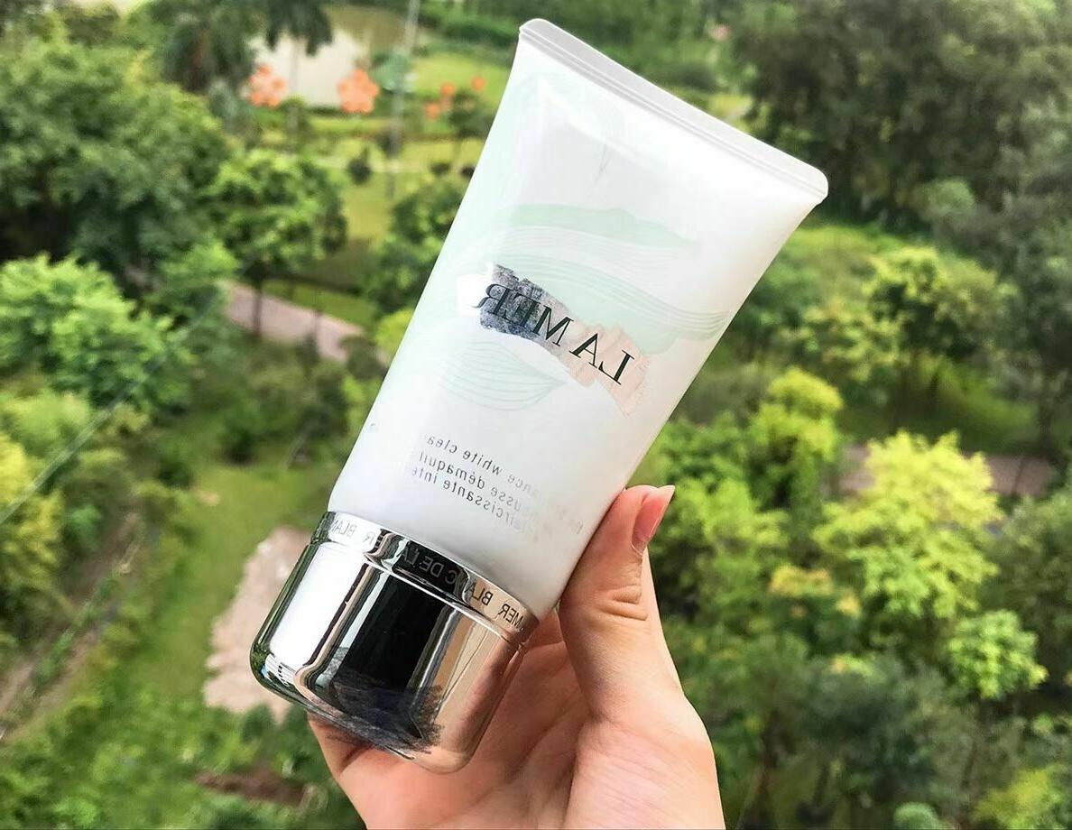 La The Brilliance White Cleansing 4.2oz 125ml Skincare Healing